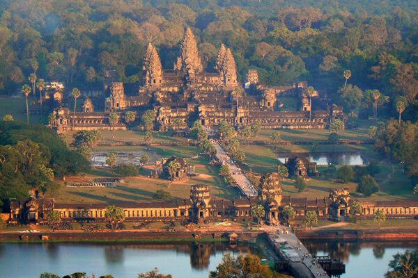 Angkor Wat, Tour to Cambodia