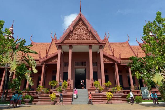 Phnom Penh National Museum, tours in Cambodia
