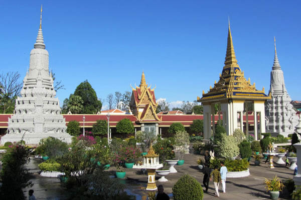 Royal Palace and silver pagoda, Cambodia Travel vacations