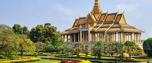 The Royal Palace in Phnom Penh – The Heart of Cambodia is still Beating