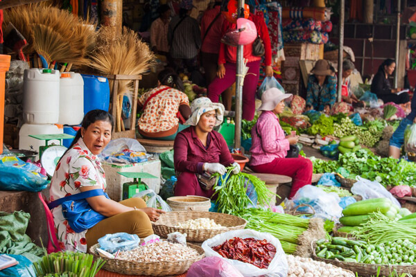 Visit local market in Siem Reap for a Khmer ingredient discovery