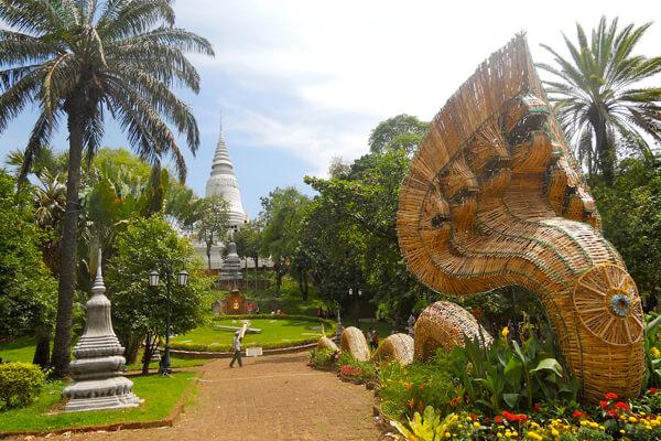 Wat Phnom, Cambodia Tour Pakages