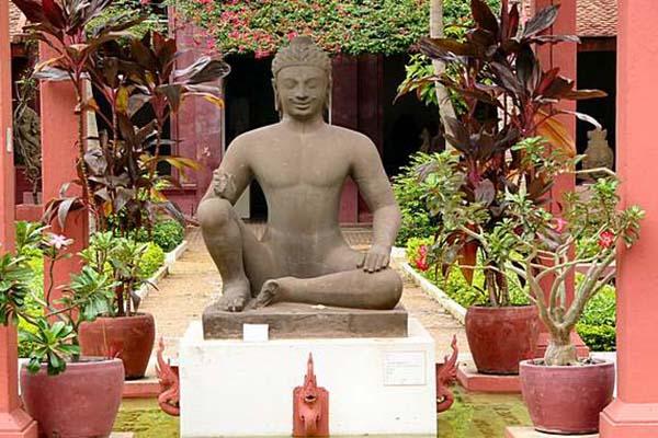Cambodia's National Museum, Phnom Penh