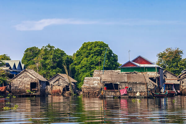 floating house in Tonle Sap, Cambodia trips vacation
