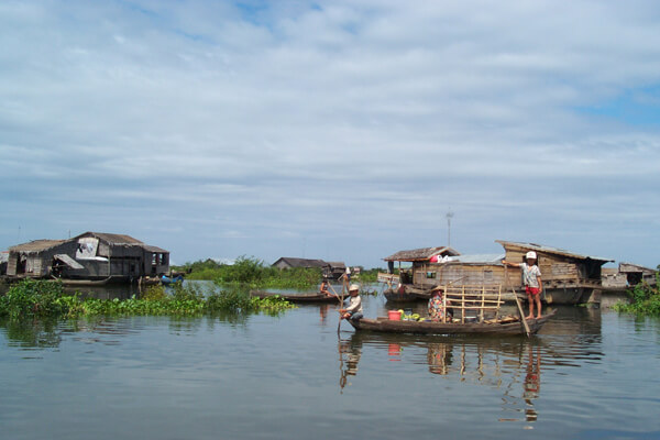 Daily life on Tonle Sap Lake