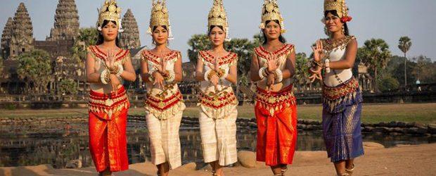 Cambodia etiquette