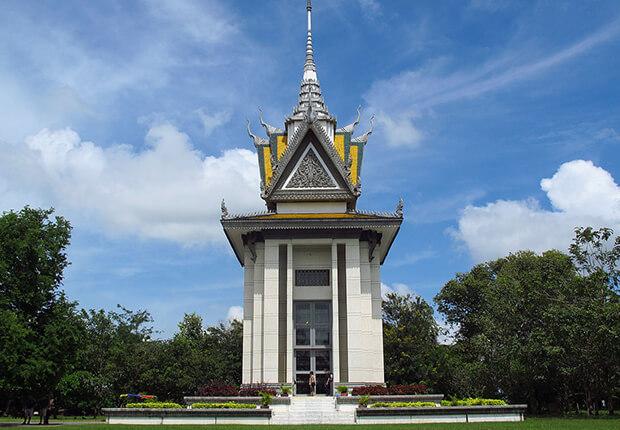 Choeung Ek Monument, ambodia tour pakages