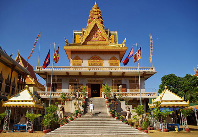 Wat Ounalom, Cambodia vacation packages