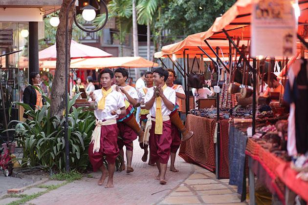 Cambodia Market, Tour in Cambodia