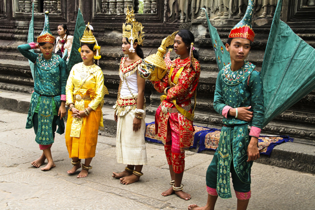 Cambodian Traditional Costumes Cambodia Tours
