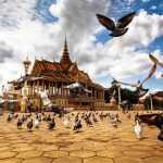 Royal Palace in Phnom Penh Tour