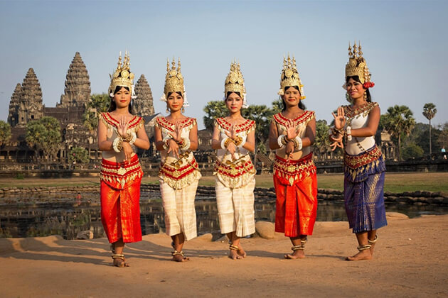 Sampot – Cambodian Traditional Dress