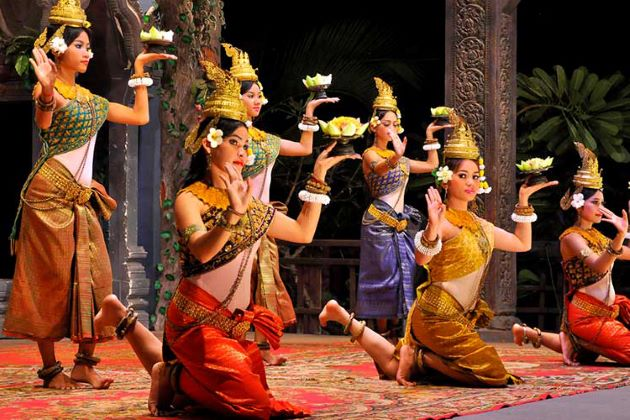 Sampot – The Cambodian Traditional Dress