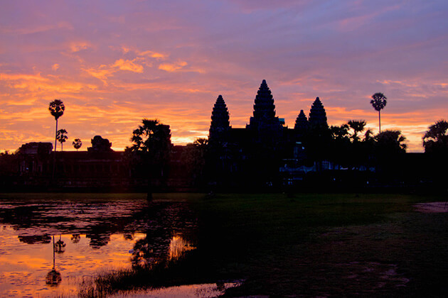 Angkor Wat at a sunsise, Cambodia tour packages