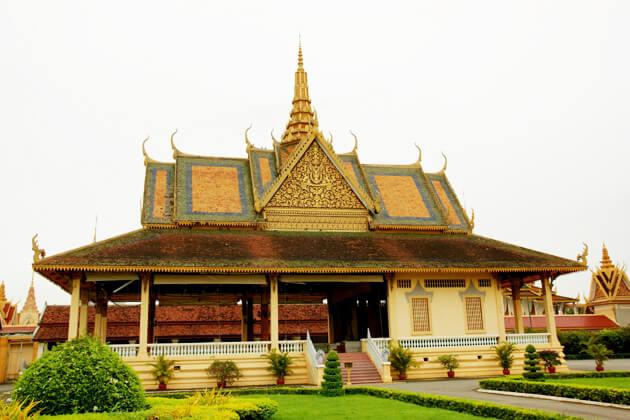 Phochani Palace - Cambodia vacation