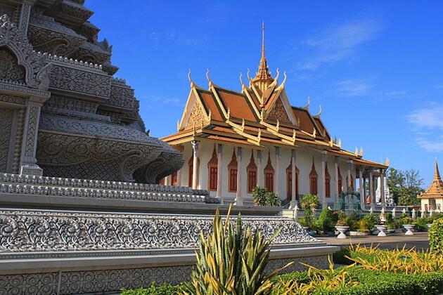 Silver Pagoda, Cambodia local Tours
