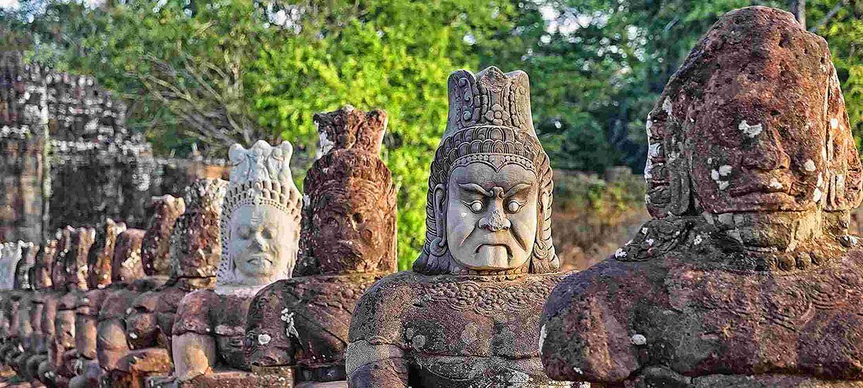 angkor thom cambodia tours