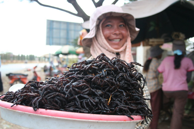 Enjoy Black Spider – An Amazing Specialty in Cambodia
