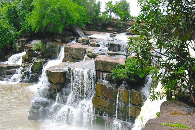Kbal Chhay Waterfall sihanoukville