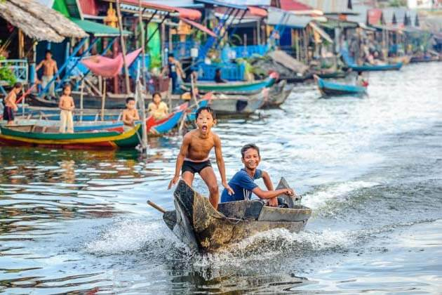 Tonle Sap Lake in Siem Riep, Cambodia local tour