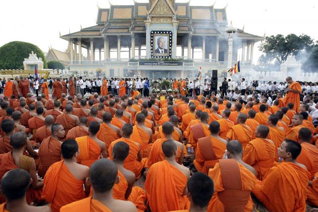 buddhist celebrations in cambodia