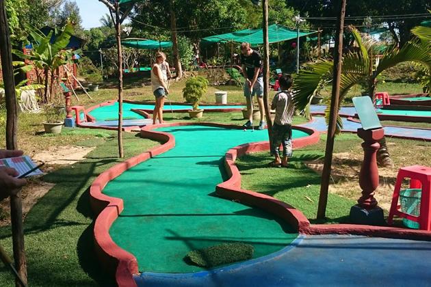 mini golf in sihanoukville