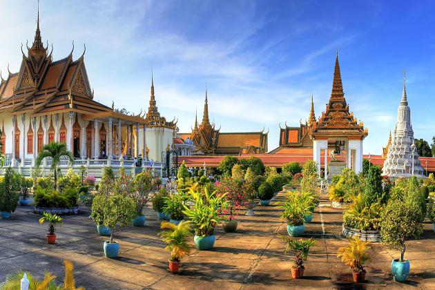 phnom penh reflect Shopaholic Personality
