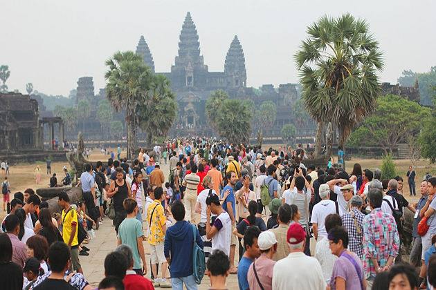 How to Avoid the Crowds & Skip the Lines at Angkor Wat