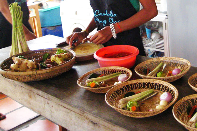 Phnom Penh Cooking Classes | Top 6 Cooking Schools in Phnom Penh