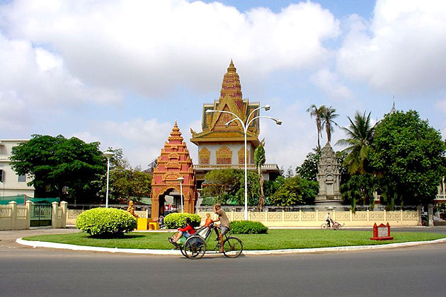 Phnom penh city exploration phnom penh tours