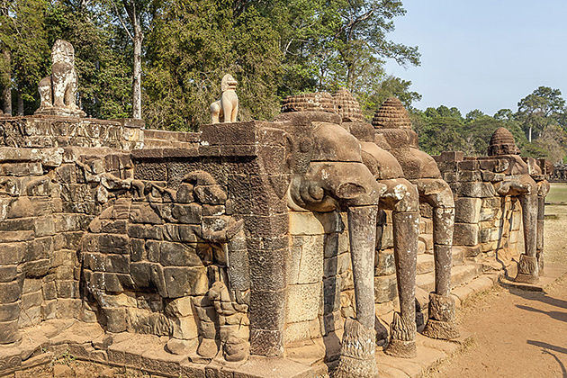 Terrace of the Elephants cambodia classic tour