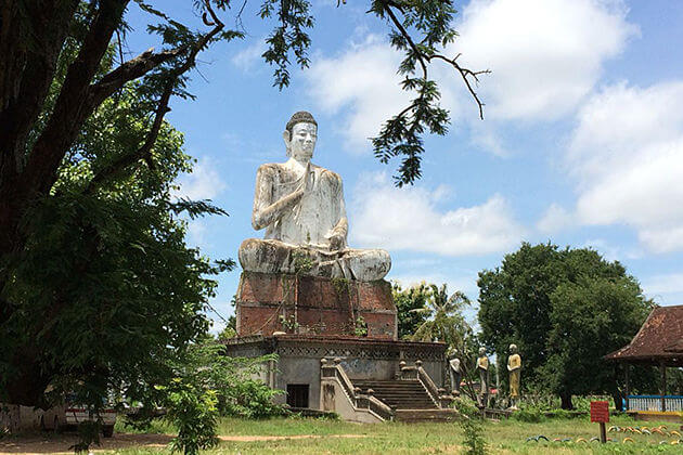 Wat Ek Phnom, Cambodia tours day trips