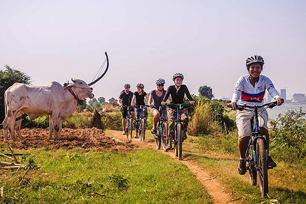 Phnom Penh to Sihanoukville Cycling Tour – 6 Days