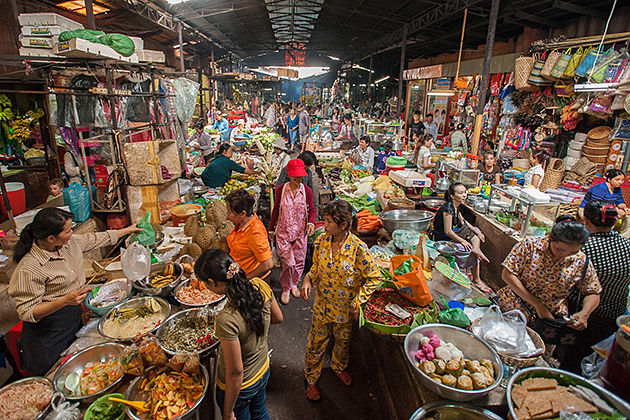 Top 6 Most Vibrant & Colorful Markets in Phnom Penh