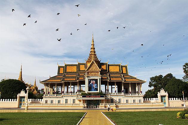 Royal Palace Phnom Penh Cambodia Trips