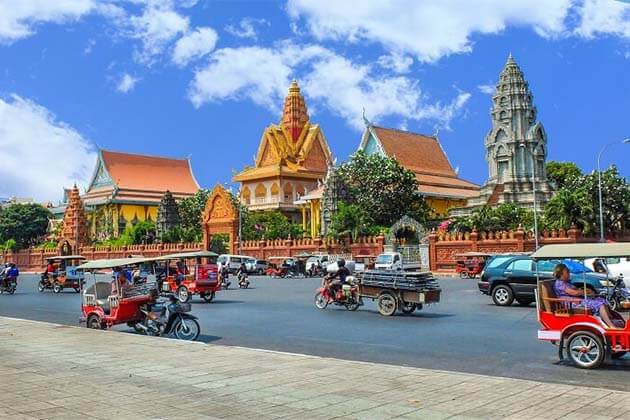 Adventure Tour from Phnom Penh to Siem Riep – 9 Days
