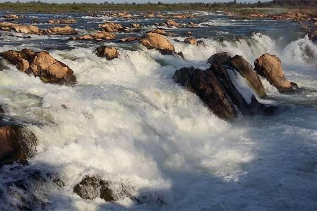 Sopheak Mitt Waterfall, Tour in Cambodia