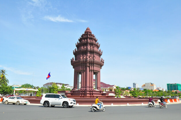 the Independent Monument, Phnom Penh Cambodia vacation package