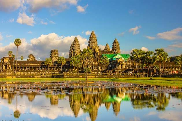 Essential Guide to Visit Angkor Wat