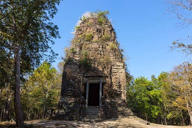 Prasat Tao in Cambodia, Cambodia tour packages