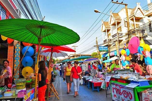 Chiang Mai local Market, Tour in Cambodia Thailand