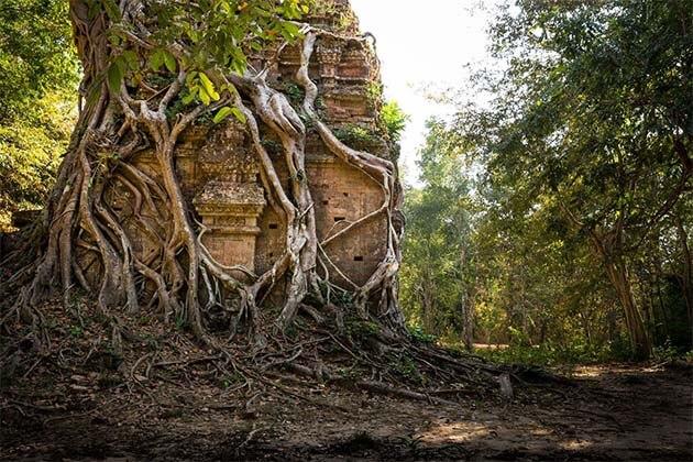 Sambor Prei Kuk in Cambodia tours